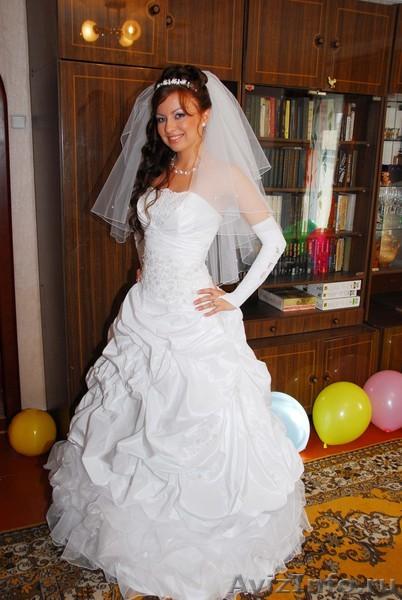 Продам свадебное платье в Киеве,торг